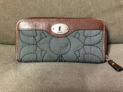 Fossil Key Per Women's Quilted Gray Zip Around Wallet Brown