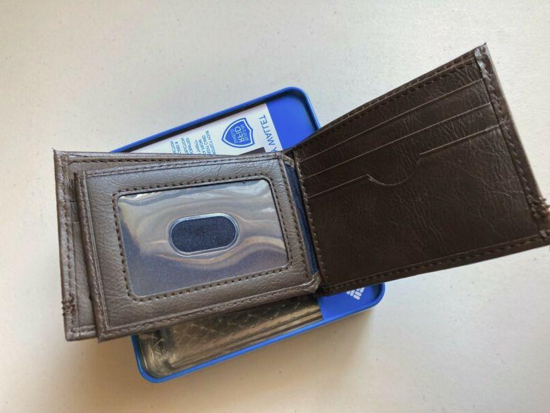 Columbia Men's Leather Extra Slimfold Security Wallet Brown