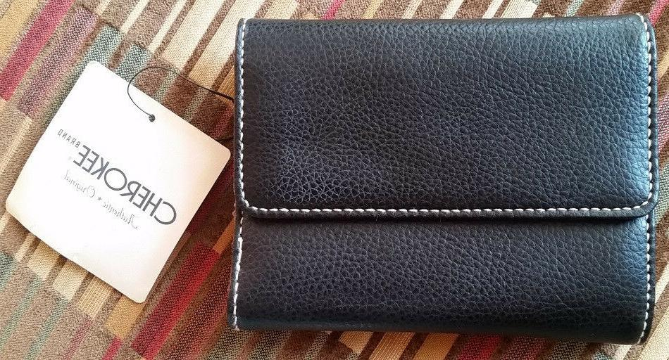 nwt simple black pebbled leather trifold women