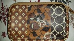 Woman's Fossil^ genuine leather! Credit cards, $$$$$cash cas